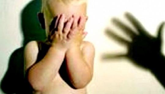 Phát hiện mẹ và con gái 6 tuổi tử vong trong khách sạn