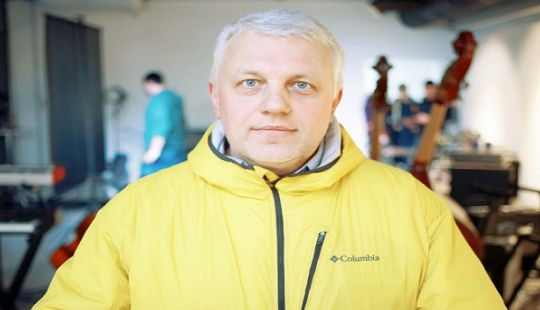 Tìm ra nghi phạm mưu sát nhà báo Nga tại Ukraina
