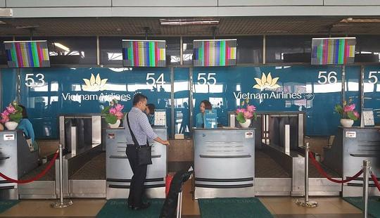 Nguyên nhân màn hình làm thủ tục tại sân bay Nội Bài gặp trục trặc