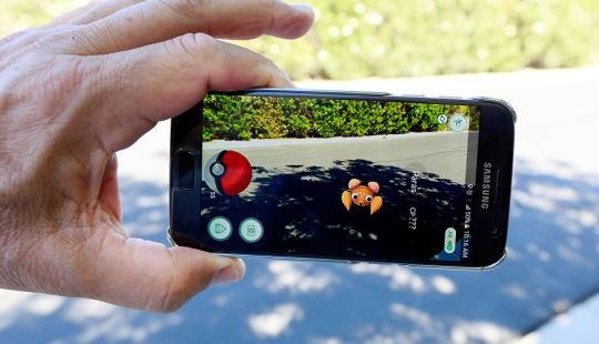 """Cảnh sát Thái Lan truy tìm kẻ đi săn Pokémon: """"Cuộc chiến"""" bắt đầu"""