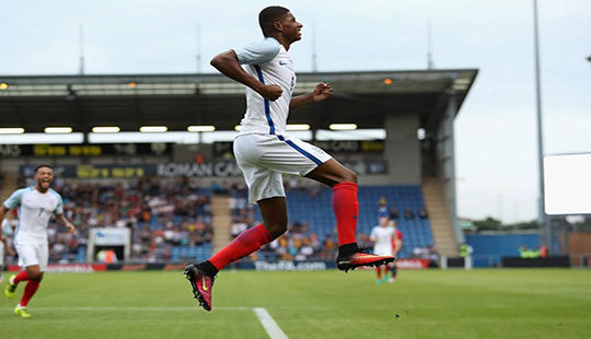 Rashford lập hat-trick trong màu áo U21 Anh