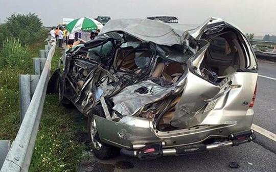 Tai nạn trên cao tốc Nội Bài - Lào Cai, 2 người thương vong