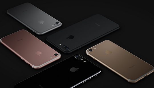 Nhu cầu iPhone 7 Plus tăng mạnh không ngăn cản sự suy giảm