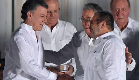 Tổng thống Colombia tặng tiền thưởng giải Nobel Hòa bình cho nạn nhân cuộc xung đột
