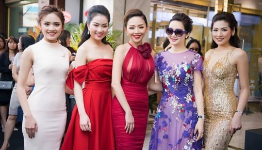 Hoa hậu Giáng My nổi bật giữa dàn mỹ nhân, khoe dáng nuột nà