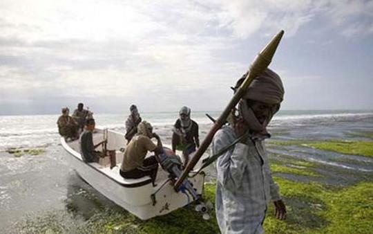 Cướp biển Somalia thả 26 con tin