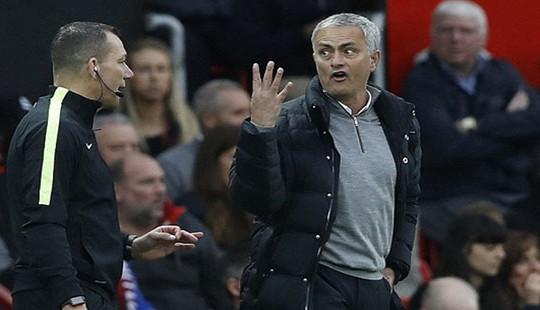 Mourinho nhận án kép từ Liên đoàn bóng đá Anh (FA)?