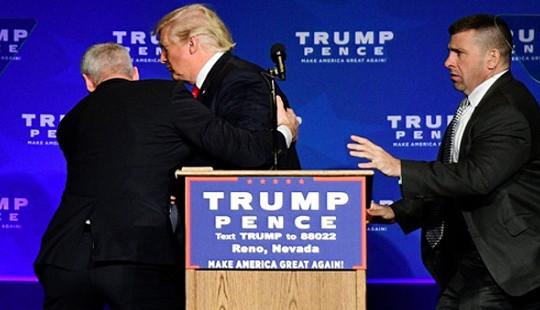 Công tác bảo vệ ông Trump và bà Clinton trước giờ G