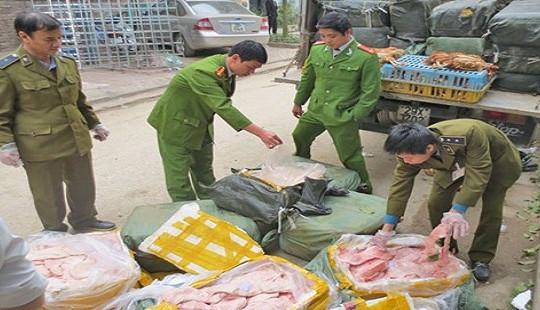 Người bán hàng giả là lương thực, thực phẩm có thể bị phạt 7 năm tù