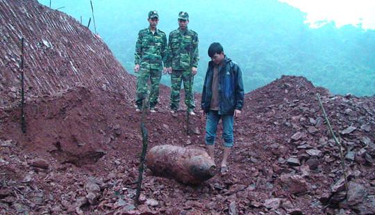 Quảng Bình: Di dời an toàn quả bom 350kg