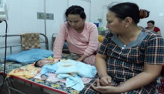 Trường hợp bé sơ sinh gãy tay, xẹp phổi: Đình chỉ bác sĩ điều trị