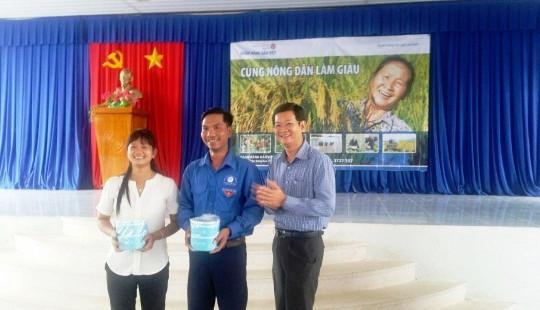 Ngân hàng Bản Việt cùng nông dân Đồng bằng sông Cửu Long làm giàu