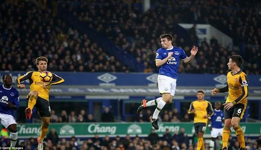 Arsenal-Everton: Kịch tính những phút cuối