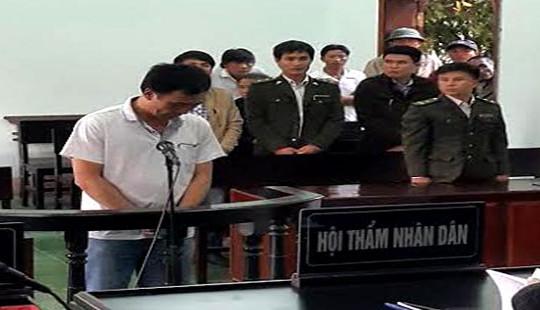 Nghệ An: Học sinh lớp 2 bị ô tô cán tử vong trên đường đi học về