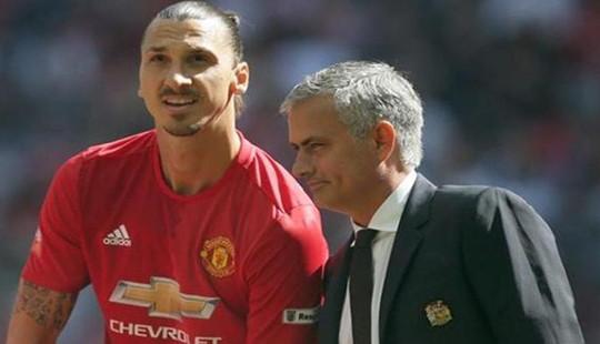 """Mourinho buộc các cầu thủ M.U """"cày"""" cả ngày nghỉ trước trận đấu với Sunderland"""