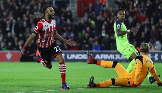 """Liverpool-Southampton: Cú sẩy chân của """"Bầy quỷ"""""""