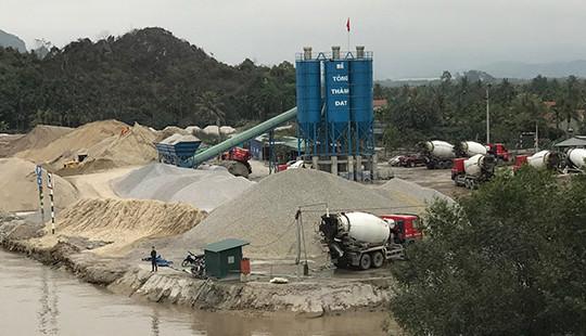 Quảng Ninh: Cần làm rõ trạm trộn bê tông hoạt động không phép
