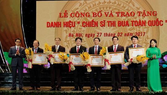 Trao danh hiệu Thầy thuốc nhân dân cho 134 bác sĩ