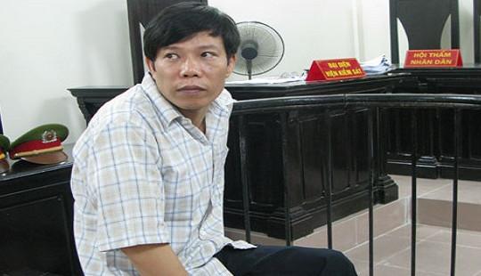 Cựu cán bộ Thanh tra xây dựng được chuyển tội danh tại tòa