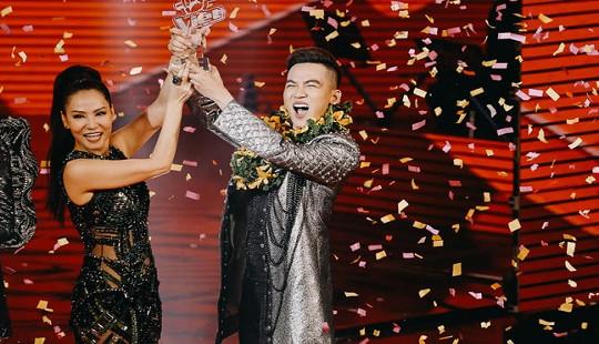 Soái ca Ali Hoàng Dương đăng quang Giọng hát Việt 2017