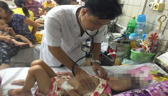 Sốt cao 1 ngày, bé gái 4 tuổi biến chứng viêm cơ tim cấp