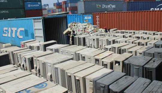 Phát hiện hàng nghìn bộ máy điều hòa nhập lậu trong 3 container