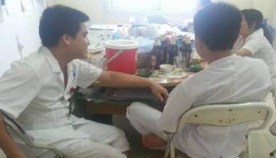 Hòa Bình: Bác sĩ, điều dưỡng nhậu trong giờ làm việc