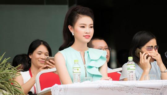 """""""Cô gái vàng"""" của Hoa hậu Việt Nam xinh đẹp làm đại sứ xanh"""