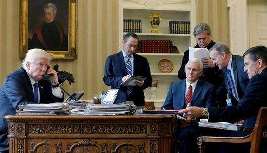 """Những quan chức có nhiệm kỳ """"đoản thọ"""" trong chính quyền của Tổng thống Trump"""