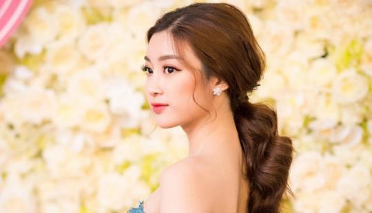 Hoa hậu Mỹ Linh chịu khó xuất hiện trước khi đi thi Miss World