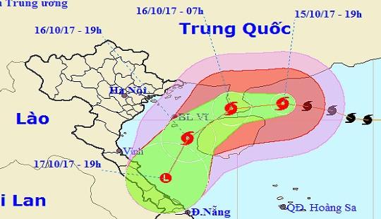 Bão số 11 gây mưa bão mạnh trên Bắc Biển Đông và đất liền