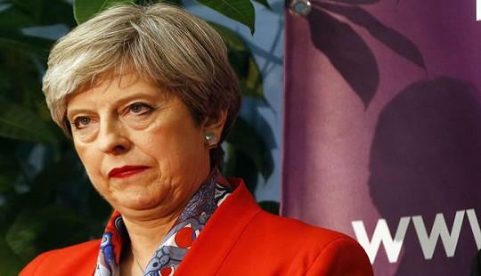 """Thủ tướng Anh đang đối mặt nguy cơ bị """"phế truất"""""""