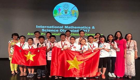 Việt Nam giành 12 huy chương Olympic Toán và Khoa học quốc tế 2017