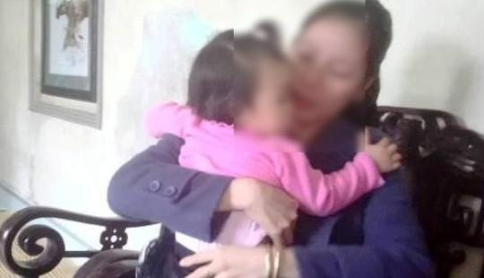 Bé gái 16 tháng tuổi nghi bị bạo hành ở nhà giữ trẻ