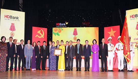 HDBank đón nhận Huân chương Lao động hạng Nhì