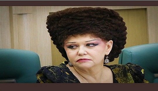 """Kiểu tóc """"độc nhất vô nhị"""" của Nghị sĩ Nga gây sốt cộng đồng mạng"""