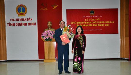 Trao Quyết định bổ nhiệm chức vụ Phó Chánh án TAND tỉnh Quảng Ninh