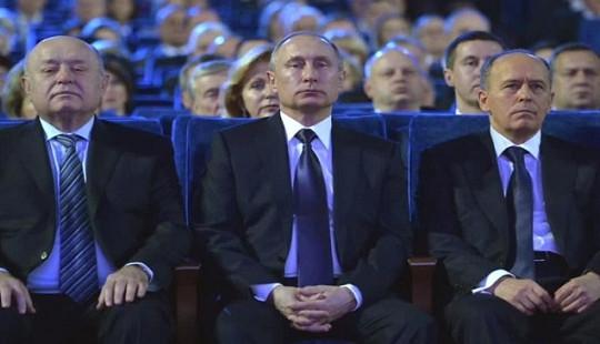 """Nga một mình """"đọ sức"""" với cả phương Tây sau vụ nghi hạ độc cựu điệp viên"""