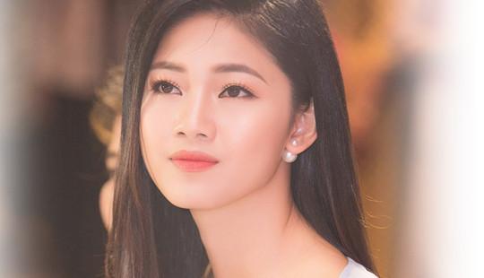Á hậu Thanh Tú chiếm trọn Spotlight trên báo Hàn lần 2