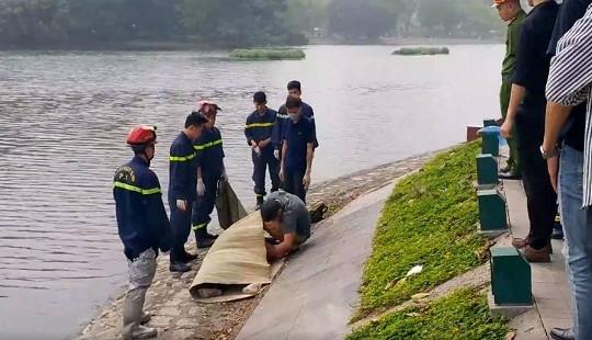 Hà Nội: Tá hỏa phát hiện thi thể 2 sinh viên dưới hồ Bảy Mẫu