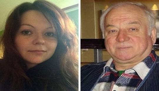 Kẻ tình nghi đầu độc cha con cựu điệp viên Skripal đang lẩn trốn ở Nga