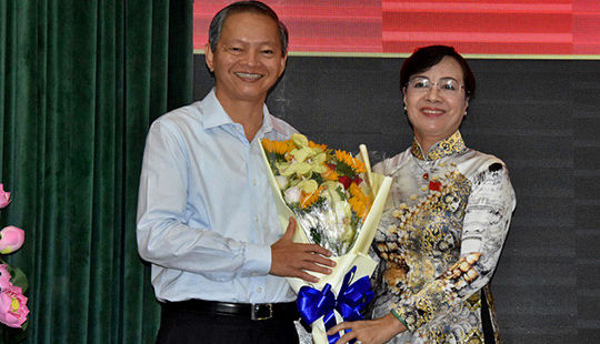 Miễn nhiệm chức danh Phó Chủ tịch UBND TP.HCM đối với đồng chí Lê Văn Khoa