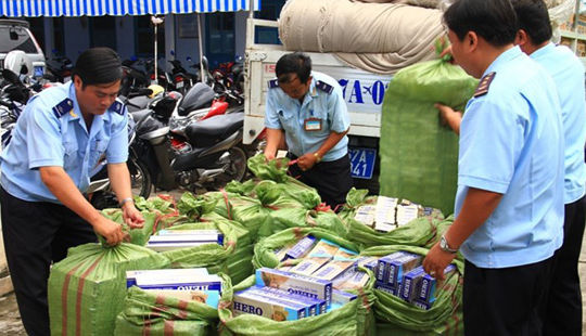Từ 15/6 thí điểm đấu giá thuốc lá ngoại nhập lậu bị tịch thu để xuất khẩu