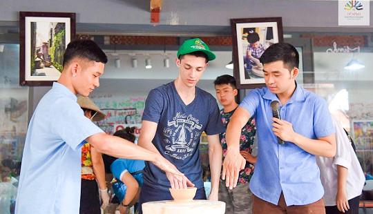 Những trải nghiệm thú vị của thí sinh tham dự kỳ thi Olympic Vật lí Châu Á