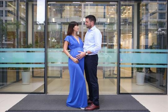 Siêu mẫu Hà Anh và ông xã chọn sinh con đầu lòng tại bệnh viện chuẩn 5 sao