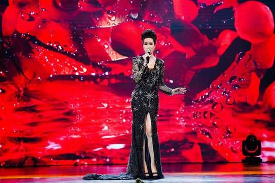 Á hậu – NSƯT Trịnh Kim Chi lộng lẫy lấn át cả thí sinh