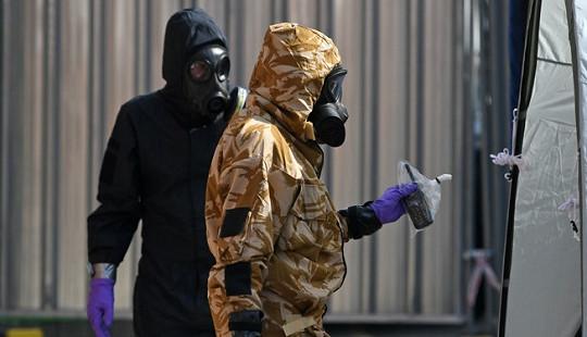 Cảnh sát Anh tìm thấy lọ đựng chất độc thần kinh Novichok ở Amesbury