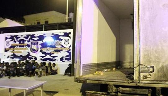 Libya: 6 trẻ em 2 người lớn di cư chết ngạt trong xe tải đông lạnh