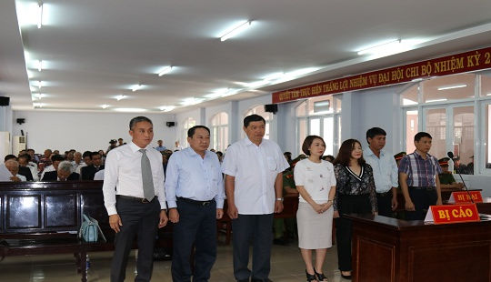 Nguyên chủ tịch, phó chủ tịch UBND TP.Vũng Tàu hầu tòa