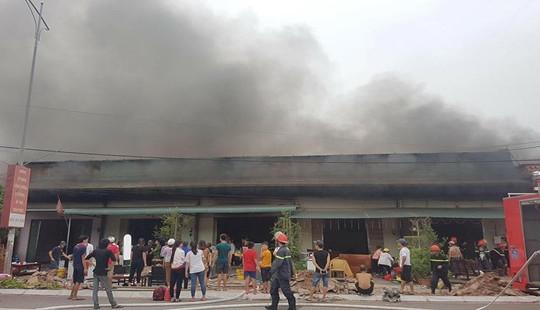 5 quán karaoke ở Móng Cái bị lửa thiêu rụi